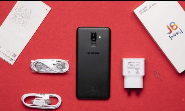 Full set of Samsung Galaxy j8